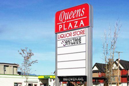 Queen's Hotel Plaza